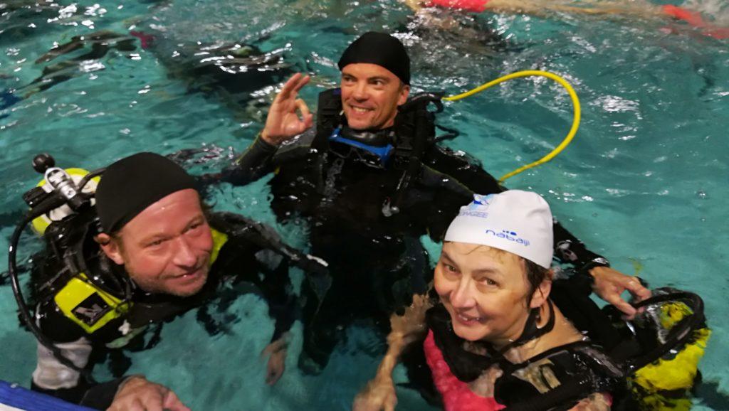 111 baptêmes de plongée à la Nuit des Piscines !